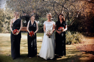Bridal party wedding photo at Rose Garden in Trinity College Dublin