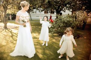 Wedding photo in Rose Garden in Trinity College