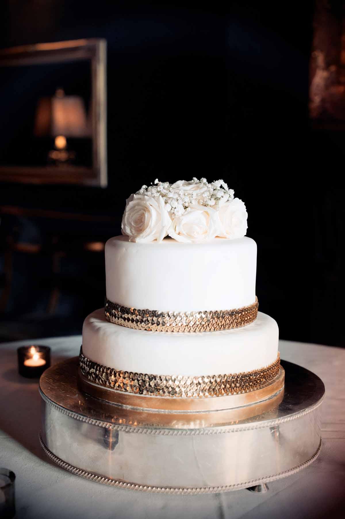 brook-lodge-wedding-cake