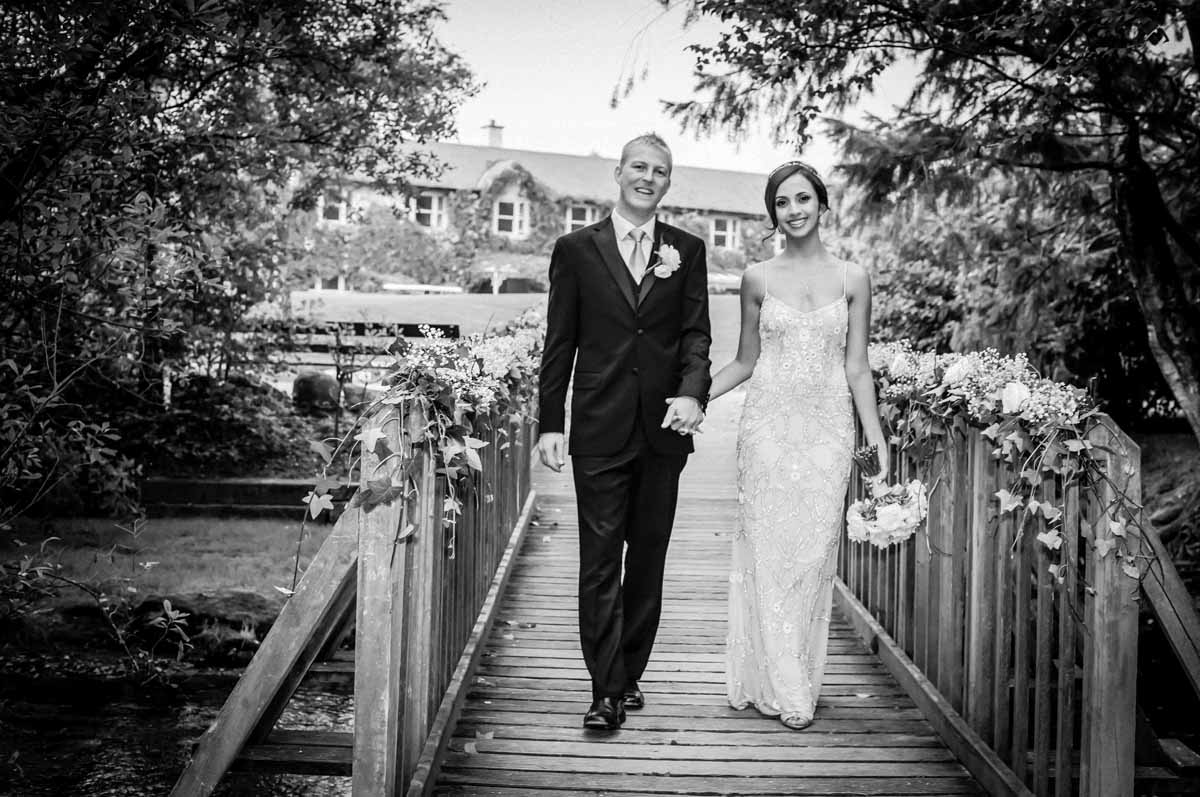 brooklodge-macreddin-village-wedding-photograph
