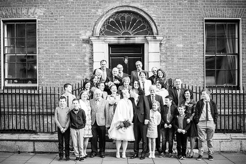 urban-wedding-photo-in-dublin-city-centre