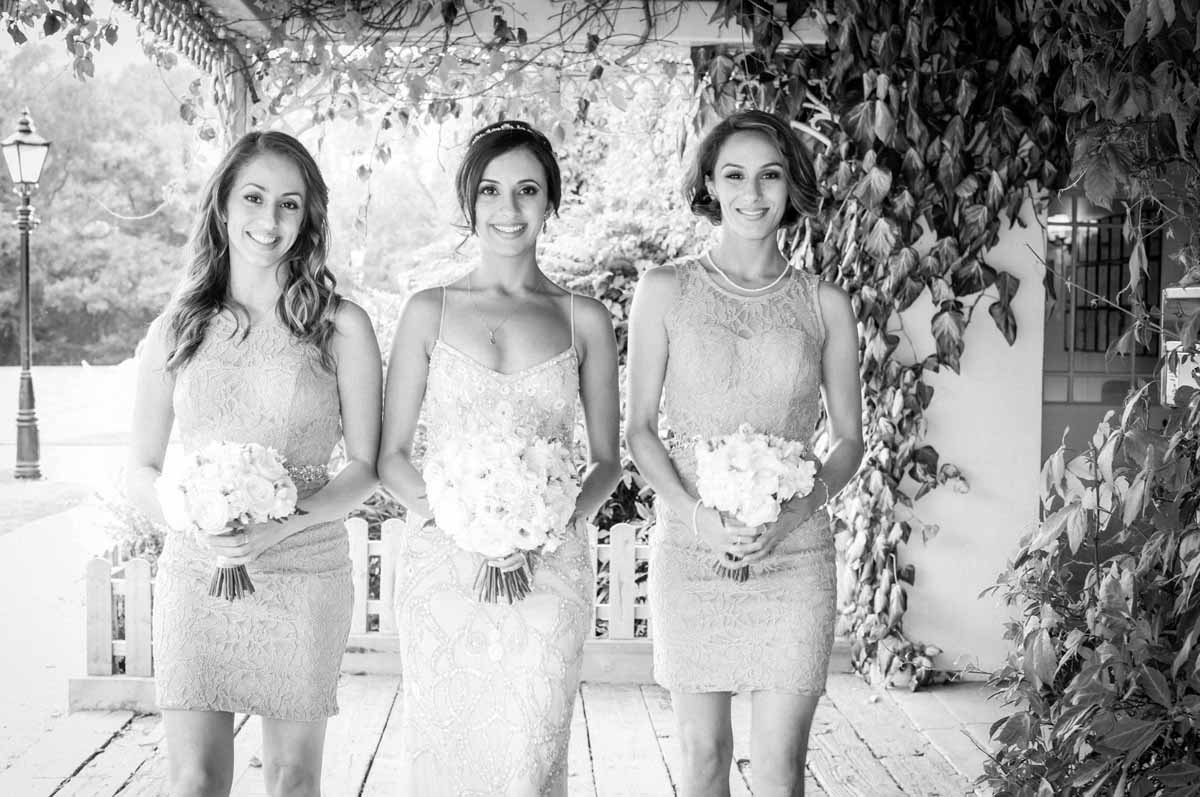 a-brook-lodge-bridal-party-photograph